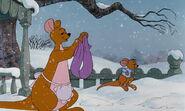 Winnie-the-pooh-disneyscreencaps.com-7077