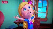 Goldie sings