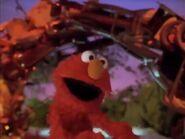Elmo dances to I See a Kingdom