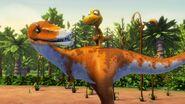 DT Qianzhousaurus