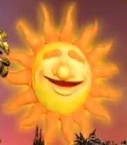 Ray the Sun in Bear in the Big Blue House.jpg