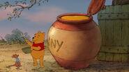 Winnie-the-pooh-disneyscreencaps.com-6034