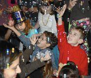 Ct-nvs-new-years-eve-kids-seniors-st-1225-20161222