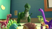 Rex-personnage-toy-story-3-03-1038x576