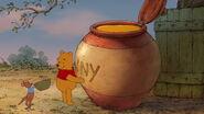 Winnie-the-pooh-disneyscreencaps.com-6031