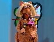 Rhonda Rat Rodent Reporter