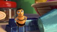 Bee-movie-disneyscreencaps.com-2759
