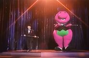 Barney and Nick perform Happy Dancin'