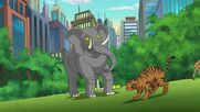 DC Super Hero Girls Elephant and Tiger