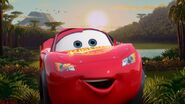 Lightning Mcqueen shouts in happy while Mater screamed