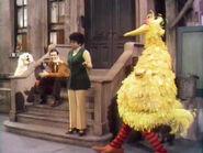 Episode 0044- Susan sings Hey Big Bird while Big Bird dances