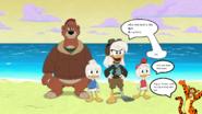 Tigger meets the ducks