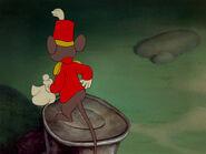 Dumbo-disneyscreencaps.com-6739