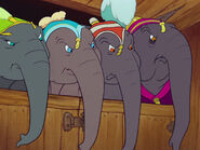 Dumbo-disneyscreencaps.com-913