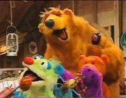 The Bear Cha-Cha-Cha Dance- Bear in the Big Blue House