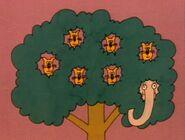 7-squirrels-elephant-fmafafe