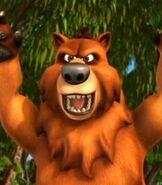 Bear-back-at-the-barnyard-89.1