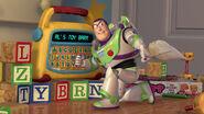 Toy-story2-disneyscreencaps.com-2194