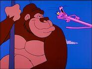 Pink panther runs from king kong