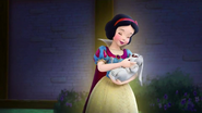 Snow-White-in-Sofia-the-First-1