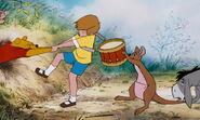 Winnie-the-pooh-disneyscreencaps.com-2658