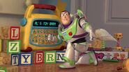 Toy-story2-disneyscreencaps.com-2195