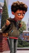 Tranquilizer Dart in Alex (from The Emoji Movie)'s Butt