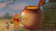 Winnie-the-pooh-disneyscreencaps.com-6033