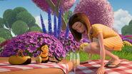 Bee-movie-disneyscreencaps.com-3566