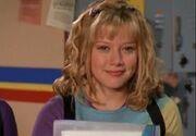 Lizzie-McGuire-Hair Some-Curls-1