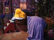 Big Bird and an invisible Snuffy sleepover at the end of episode 4069