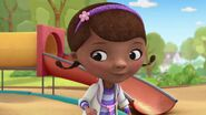 Doc McStuffins Goes McMobile Pic 012