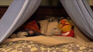 Ernie, Bert and the Sheep fall asleep in episode 4276