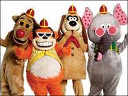 Fleegle Bingo Drooper & Snorky (The Banana Splits) as Extras