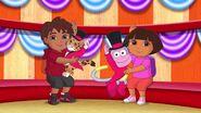 Dora.the.Explorer.S07E19.Dora.and.Diegos.Amazing.Animal.Circus.Adventure.720p.WEB-DL.x264.AAC.mp4 001335500