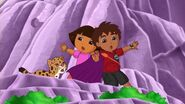 Dora.the.Explorer.S08E15.Dora.and.Diego.in.the.Time.of.Dinosaurs.WEBRip.x264.AAC.mp4 001043842