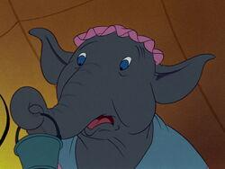 Dumbo-disneyscreencaps.com-2135.jpg