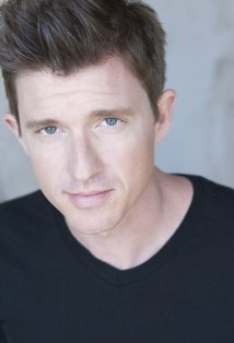 Chris Young (actor)
