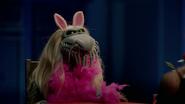 MuppetsNow-S01E04-DeadlyPiggy