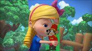 Goldie kisses Timothy Q. Mouse