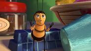 Bee-movie-disneyscreencaps.com-2768