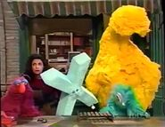 Big Bird sleeps in episode 3833