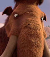Manny in Ice Age- The Great Egg-Scapade