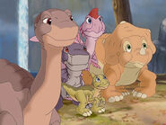 Littlefoot-And-His-Dinosaurs-Friends-1024x768-Wallpaper-ToonsWallpapers.com-