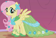 Fluttershy Gala outfit ID S1E14