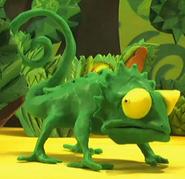 Ribbits-riddles-chameleon