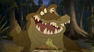 Louis-louis-the-alligator-10647399-400-223