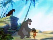 Jungle-cubs-volume01-baloo-mowgli-and-bagheera02
