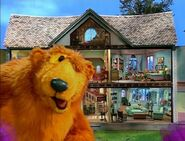 Bear winks in the Bear in the Big Blue House Intro