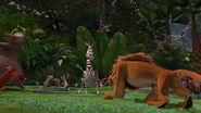 Madagascar-disneyscreencaps.com-7606